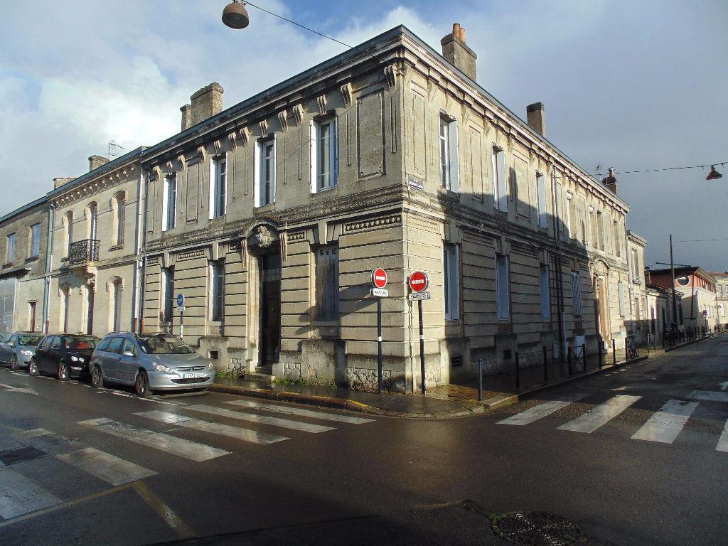Vente appartement bordeaux bastide for Appartement bordeaux bastide a louer